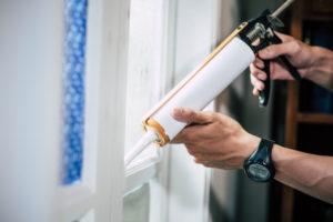 כיצד לזהות חלונות הזקוקים לתיקונים